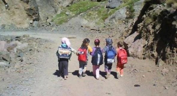 فاطمة الإفريقي تكتب: من هم وليدات المغرب الحقيقيون ؟ .. لمن يشبهون ؟.. هل يشبهون أبناء بعضنا الذين يدرسون في مدارس خصوصية؟!!!