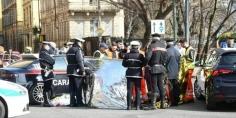 """شرطة """"يوروبول"""" تطلق مذكرة بحث دولية عن مهاجر مغربي قتل قريبته داخل سيارة بورش"""