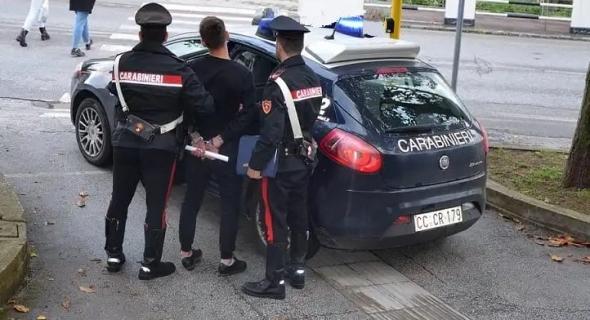 الشرطة الإيطالية تعتقل مهاجرا مغربيا مباشرة بعد عودته من مراكش !