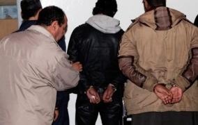 الأمن المغربي يُحبط محاولة للهجرة السرية ويعتقل ثلاثيني ضمن شبكة لتهجير الشباب وحجز زورقين وصدريات وأطواق للنجاة