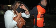 حصلة خايبة… شدو واحد السيدة بانت في فيديو وهي في حالة تلبس باقتراف عملية سرقة (بلاغ)