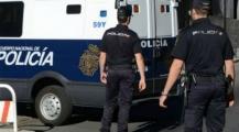 بالفيديو… عنصر مسلم من الحرس الإسباني يطلق النار على زوجته ويقتل نفسه بعدها