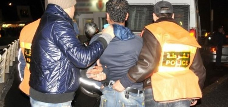 توقيف ستة أشخاص بكازا بينهم فتاة للاشتباه في ارتباطهم بشبكة إجرامية تنشط في ارتكاب السرقات بالعنف وباستخدام سيارات مسروقة (بلاغ)