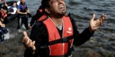 """بعد 3 أيام من الإبحار…  5 شبان بينهم """"فتاة"""" يصلون إلى """"إسبانيا"""" باستعمال """"قارب صيد"""" مسروق!"""