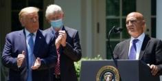 منصف السلاوي.. عالِم مغربي في البيت الأبيض لإيجاد لقاح كورونا والرئيس الأمريكي ترامب يعينه رسميا