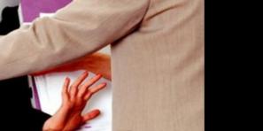 عاجل… فضيحة تهز مدرسة عمومية ضواحي بني ملال باتهام أستاذة للمدير بالتحرش وتوثيقها له بالفيديو