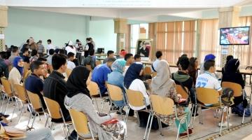 طلبة الماستر بالكلية المتعددة التخصصات ببني ملال يطالبون فتح المباراة ويناشدون الوزير والمسؤولين الجهويين بالتدخل