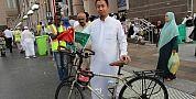 وصل بعد 4 أشهر من الصين إلى مكة على متن دراجته الهوائية لأداء مناسك الحج