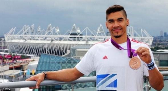 غضب من بطل أولمبي بريطاني استهزأ من صلاة المسلمين