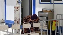 الله يحفظ… تونس تُعلن عن انهيار كامل للمنظومة الصحية وارتفاع مهول للوفيات اليومية وتونسيون يطلقون هاشتاغ لانقاذ بلادهم #انقذو_تونس