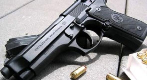 اعتقال لصوص سرقوا مسدسا وظيفيا و25 رصاصة من منزل شرطي وهذه هي التفاصيل