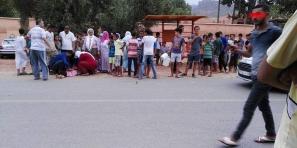 سلامة… سيارة تدهس طفلة صغيرة وترسلها في حالة حرجة للمستعجلات ببني ملال