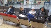 الشرطة بمطار محمد الخامس تمنع 8 سياح إيطاليين من دخول أراضي المغرب وترحلهم عبر الطائرة والسبب جواز السفر واستهتار بعض وكالات الأسفار
