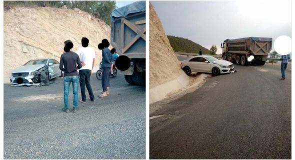 ياربي السلامة…كسيدة خايبة تسجل اصابات وخسائر فادحة بسيارة خفيفة بطريق أوزود -صور-