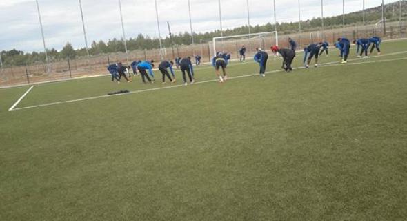 الاتحاد الرياضي لأزيلال يجري أولى مبارياته بلاعبين جدد وهذه تفاصيل صفقة الشويخ للوداد