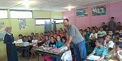 مدرسة اولاد عطو بالمديرية الإقليمية للفقيه بن صالح تحتفي بالدخول المدرسي و تستقبل المتعلمين و أولياءهم