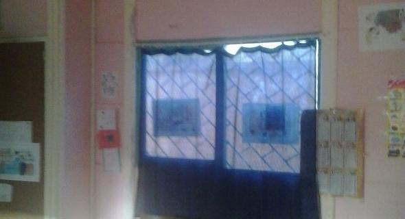 """حق الرد مكفول…المديرية الإقليمية لقطاع التربية الوطنية ببني ملال توضح حقيقية """"شريط الفيديو"""" حول حجرة دراسية بمدرسة حي مغيلة 2"""