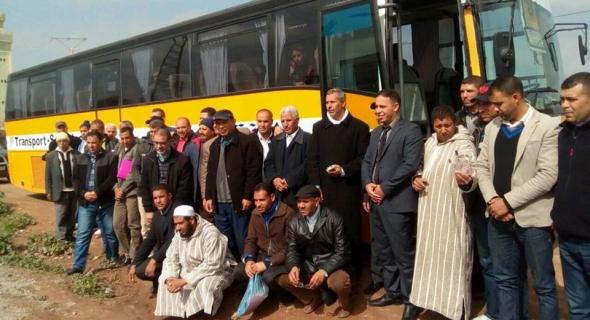 جمعويون بدوار أولاد الرميش بجماعة حد بوموسى يعززون أسطول النقل المدرسي بحافلة من الديار الاسبانية