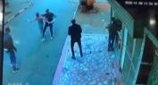 برافو عليهم وبالفيديو… شوفو البوليس كيفاش شدو واحد هاز جوج سيوف وعتاقلوه بطريقة بطولية