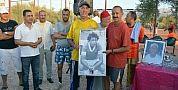 """بالصور..شباب ببني ملال يكرمون هرم الكرة المغربية والملالية """"الولاد2"""" واختلاط دموع الفرح بالحزن"""