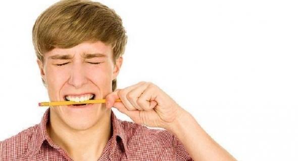 غريب…خبيرة بريطانية :هكذا يخلصك قلم الرصاص من صداع الرأس