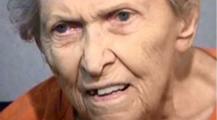 طبقات شرع يدها… عجوز تقتل ابنها بالرصاص بعدما قرر نقلها لدار المسنين
