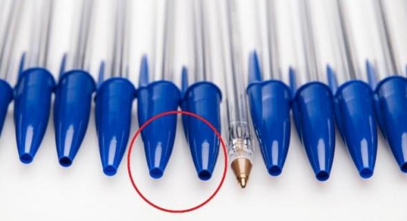 """ما هو السر وراء """"الثقب الصغير"""" في غطاء قلم BIC الشهير تشاهده يوميا ولا تعرف هدفه المهم في انقاذ حياة الكثيرين؟"""