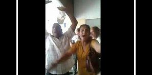 فيديو خطير لمواطنين نساء ورجال يحتجون داخل المستشفى الجهوي ببني ملال بالعويل والمندبة
