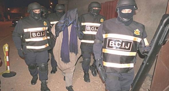 """عاجل وحصري… """"البسيج"""" يعتقل ثلاثة شبان من بني ملال وأولاد سعيد مشتبه في انتمائهم ل""""داعش"""" وتاكسي نيوز تروي التفاصيل"""