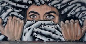 شكايات ترفض تجسيد مِهَن بالمسلسلات المغربية وفنانون يُسائلون حرية الإبداع والفن