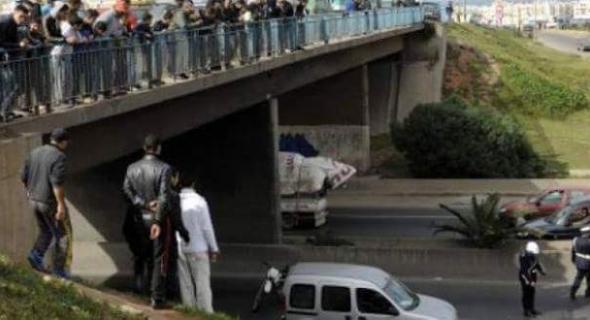 خطير…هادي هي البسالة والضصارة  …. اعتقال 4 قاصرين يرشقون بالحجارة سيارات مستعملي الطريق السيار بني ملال خريبكة ويتسببون في حوادث خطيرة