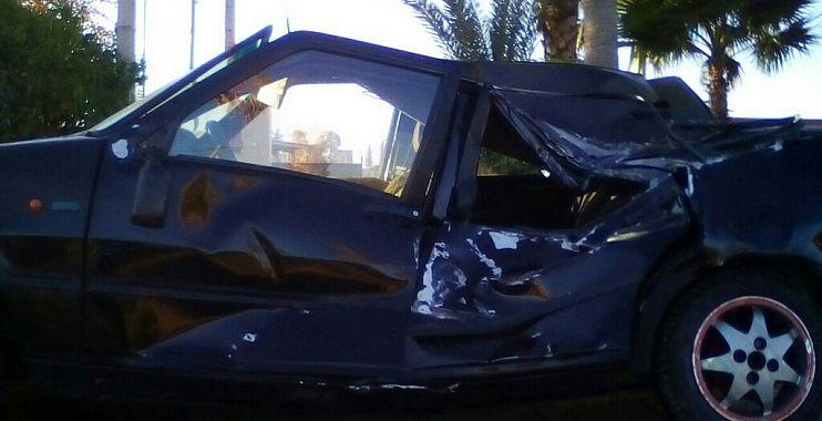 انقلاب شاحنة لنقل المواشي على سيارة خفيفة ببني ملال والحادثة تخلف أضرار فادحة