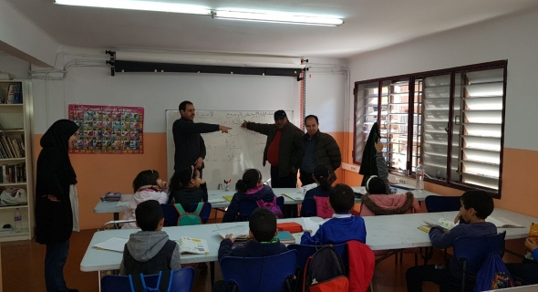 مهاجرون ببرشلونة ينبهون بالتقصير في تدريس اللغة العربية ويطالبون الوزارة بالتدخل