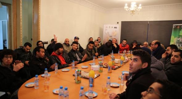 رجاء بني ملال لكرة السلة يقدم لاعبيه ويعقد اجتماعا معهم في مقره الجديد