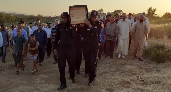 الله يرحمو… وفاة ضابط بولاية أمن بني ملال ووالي الامن ونائبه ومسؤولين أمنيين يتقدمون الجنازة