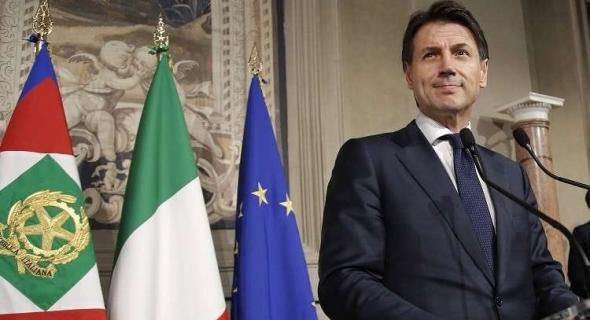عاجل … رئيس الوزراء الإيطالي جوزيبي كونتي يعلن عن سقوط الحكومة الإيطالية ويوبخ سالفيني