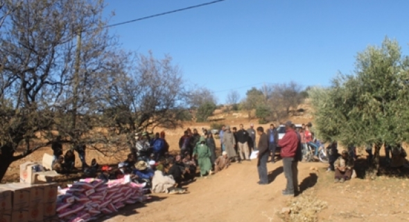 جمعية كساء الخيرية للتنمية الثقافية و الاجتماعية بسوق السبت توزع مساعدات بمناسبة عيد المولد النبوي الشريف