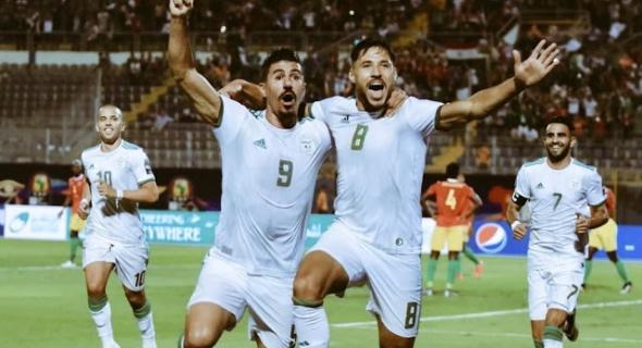 المنتخب الجزائري يكشر عن أنيابه و يمر لربع نهائي كأس أمم إفريقيا على حساب غينيا ويضرب موعدا مع مدغشقر في النصف