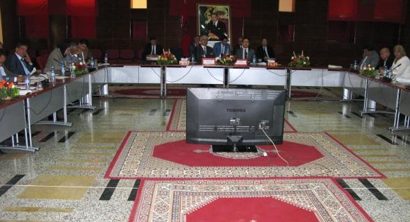مجلس جهة بني ملال- خنيفرة يصادق بالاجماع على اتفاقيات شراكة لإنجاز مشاريع تنموية