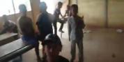 """شوووهة بالفيديو… واسمع يا بلمختار… مصور فيديو يسأل تلاميذ في مدرسة """"خربة"""" بأعالي الجبال :"""" واش نتوما راضيين على هدشي ويجيبونه  واااا لا لا """""""