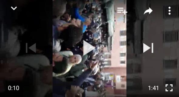 عاجل بالفيديو… فراشة بني ملال يحتجون ويرفعون شعارات قوية تستنكر تجويعهم وتشريدهم