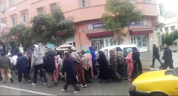 الارتفاع الصاروخي في الكهرباء يخرج عدد من أحياء بني ملال للاحتجاج