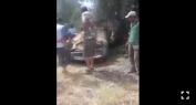 ياربي سلامة وبالفيديو… انقلاب سيارة خفيفة بالطريق الوطنية رقم 8 واصابة سائقها الشاب