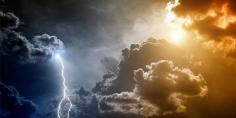 زخات مطرية ورعد واستمرار البرد القارس وهذه درجات الحرارة المتوقعة -نشرة جوية-