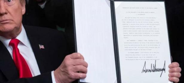 """ضربة موجعة للعرب… الرئيس الأمريكي يوقع إعلانا يعترف فيه بسيادة """"إسرائيل"""" على هضبة الجولان وسوريا ترد"""