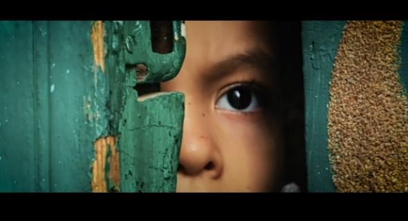 """الفيلم القصير """"المطرقة""""… الفن الهادف أو حين يُبدع أطفال المغرب في تعليم الكبار =فيديو="""