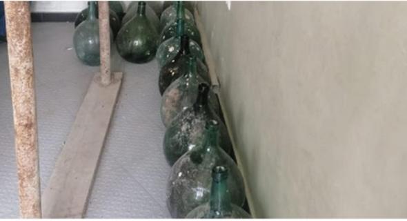 أشغال تأهيل وتثمين المدينة تقود الى العثور على قنينات زجاجية أثرية بطنجة =بلاغ=