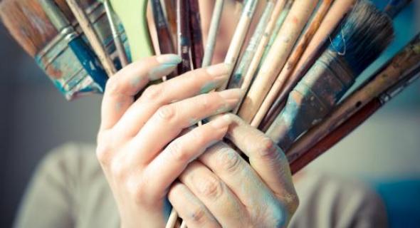 التلميذ معاد من بني ملال يتألق وطنيا في فن الرسم
