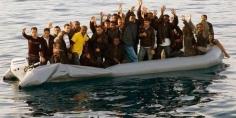 اعتقال 6 أشخاص متهمون بتنظيم الهجرة السرية إلى أوروبا