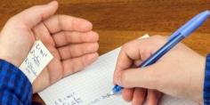 الغش في الامتحانات المدرسية… الأسباب والنتائج ومن المسؤول؟
